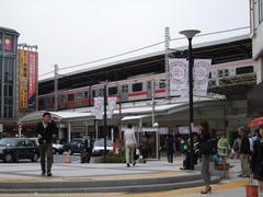 正に東急のイメージが定着している、自由が丘駅