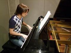 このピアノを使いました♪