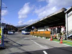 当駅からは、草津温泉等へのバスへ連絡