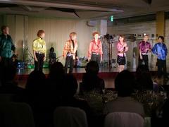 ステージ中、全7人がエンディング意外で出揃う、数少ない瞬間です