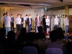 夜の部はダブル・アンコールがあり、今回の出演者・演奏者が全員ステージ上に集合