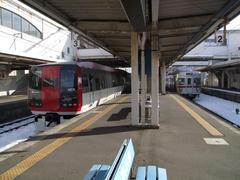 信州中野駅は、割りと大き目の造りです