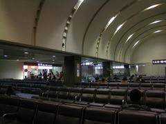 初めて入った、成田空港国内線出発ロビー