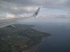 予想通り、那覇空港は南側からの侵入