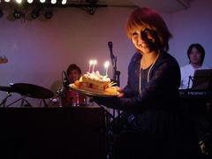 お店から用意された誕生日ケーキ♪
