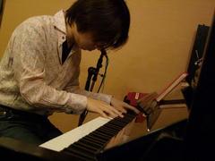 生ピアノはやはり…嬉しい