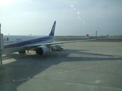 朝の羽田空港にて