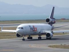 なかなか見掛けなくなった3発機、MD-11