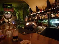 那覇市内にあるバー、Stir。いい雰囲気です♪