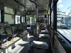 やはりバスはガラガラ…