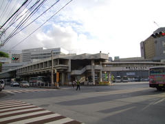 大きな大きな那覇バス・ターミナル