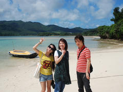 石垣島の川平湾にて…水の色が綺麗でした!