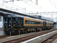 楽しい列車でした♪…熊本駅にて