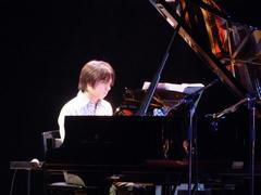 ピアノはスタインウェイ!