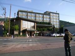 立派なホテルでした!