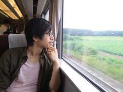 電車で新千歳空港へ…