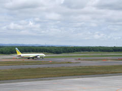大自然に包まれた新千歳空港