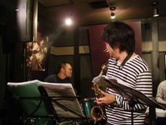 鈴木さんのドラムソロは、とにかく圧巻!