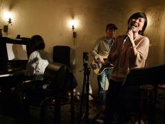 彬子さんソロの曲、熱唱中