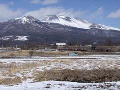 浅間山は、とにかく雄大です
