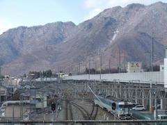 新幹線が開通すると、風景も一変しますね