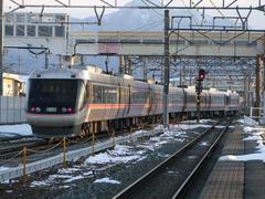 JR東海からの乗り入れ列車、特急『しなの』号