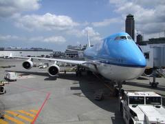 青ベースの塗装が特徴のKLMオランダ航空