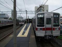 中板橋駅下りホームにて