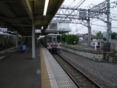 武蔵嵐山駅にて…右側には旧ホームも残ります