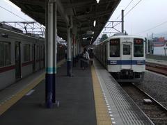 小川町駅以遠は、8000系4両編成の列車が限定運用されています