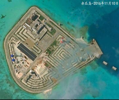 空自,爆撃機,中国海軍,南シナ海,フレア,F15,F2,J10,戦闘機