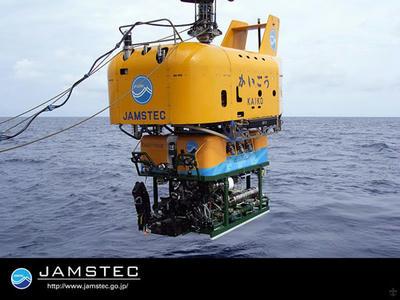 宇宙,深海,日本,量子通信,水中光無線,通信,かいこう,JAMSTEC,レーザー,NICT,SOTA,衛星