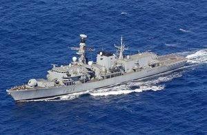 北朝鮮,瀬取り,英海軍,仏海軍,海軍,海戦,戦艦,乗り物,軍艦,キムジョンウン,ムン大統領,