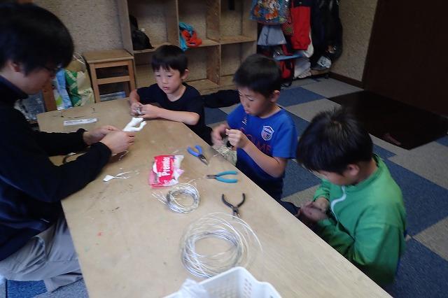 TIDEPOOL「かたち」 針金と粘土で生き物を作ろう!