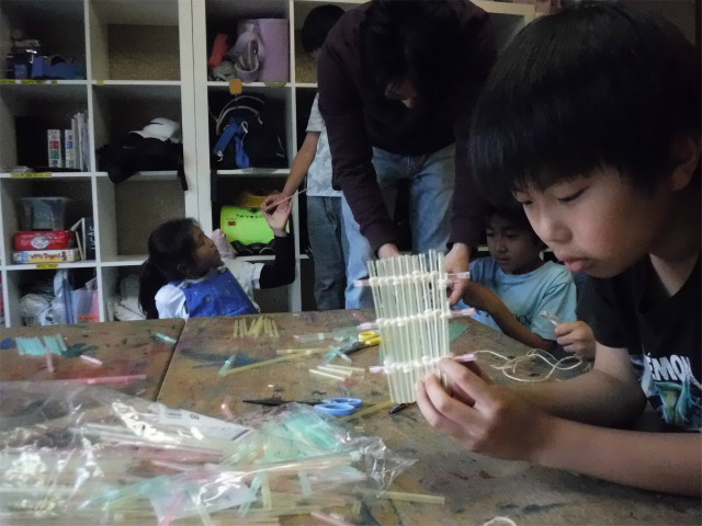TIDEPOOL 月曜日かたち 筏の模型作り