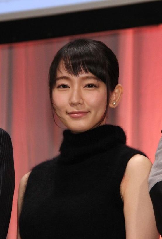 【エーチームって】吉岡里帆・新人介護福祉士を演じた若手女優、介護の理想と現実を痛感