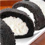 備長炭ロールケーキ