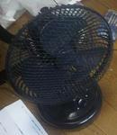 新しい簡素な扇風機