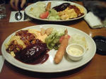 須田町食堂の洋食プレートの写真