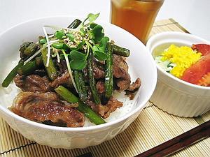 手抜きカルビ丼&ポテトサラダ