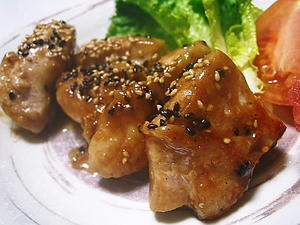 鶏のオイマヨ胡麻ソース炒め