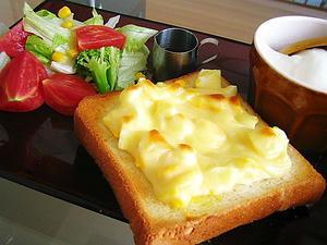 チーズ卵トースト