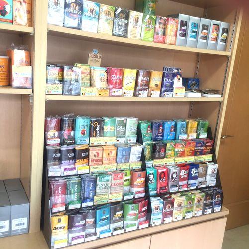 新商品種類がたくさん山梨県甲府市手巻きタバコ屋専門店煙草館はやかわ