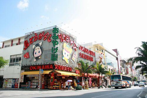 那覇市国際通り女性が喜ぶ意外と安い豪華で贅沢ランチイタリアンレストランコース料理