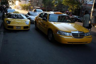 lamborghini_taxi1.jpg