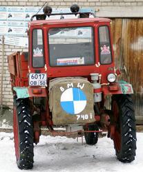tractor-bmw.jpeg