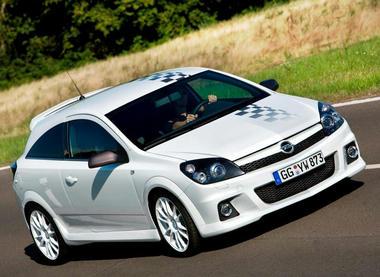 Opel-astra-08.jpg