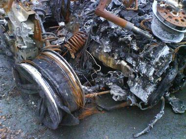 BMW-M6-fire-01.JPG