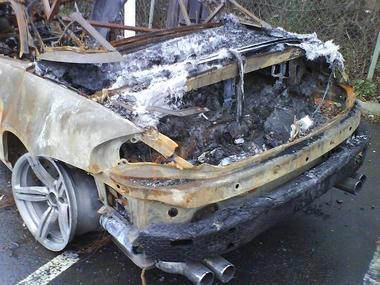 BMW-M6-fire-03.JPG