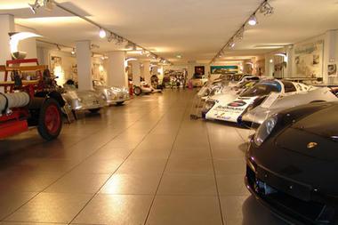 Porsche-museum-03.jpg